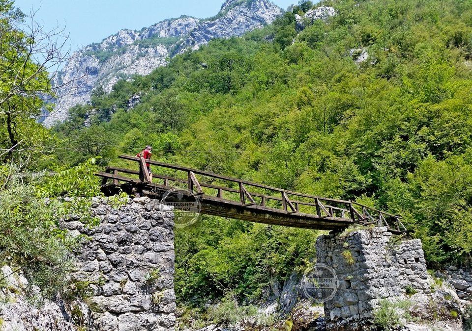 hiking tours Mrtvica